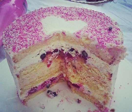 Pink Berry Cake
